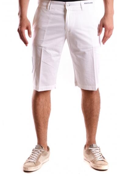 Shorts Etiqueta Negra