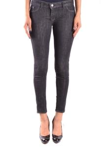 Jeans Reign
