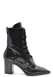ブーツ N 21