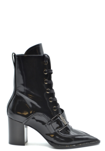 Chaussures N 21