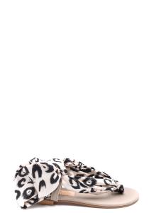 Shoes Avec Modération